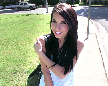 Mia Hurley in I'm pretty shy and only 18 - Teens Love Money