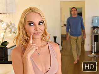 Aaliyah Love and Sloan Harper in A Fucking Family Affair - Badmilfs | Team Skeet