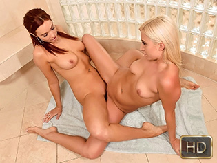 Jayden Cole and Xandra Sixx in Dirty Dildo Riders - Dyked | Team Skeet