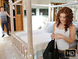 Alice Green in Steal And Squeal - Exxxtra Small | Team Skeet