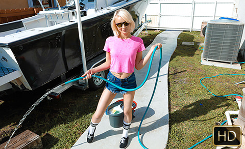 Alice Pink in Big Boats, Small Hoes | Team Skeet