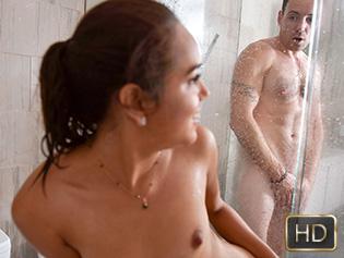 Esperanza Del Horno in Shrimpy Shower Shenanigans - Exxxtra Small | Team Skeet