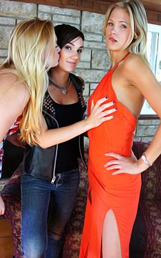 Nikki Scarlet and Dawn |