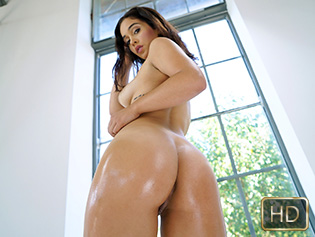 Ginebra Bellucci in Dancing On A Long Dick - Oye Loca | Team Skeet