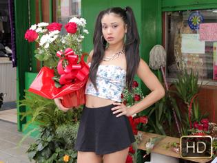 Jade Preesleyy in Dick Y Dinero - Oye Loca | Team Skeet