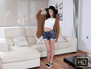 Penelope Cum in Persuading With Her Pussy - Oye Loca | Team Skeet