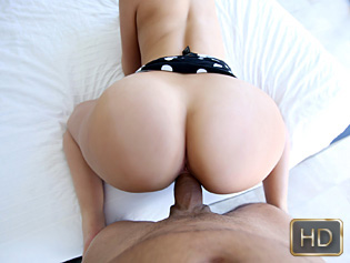 Carmen Caliente in That Booty Is Sculpted Perfectly - Pov Life | Team Skeet