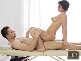 Gina gershon sex tape