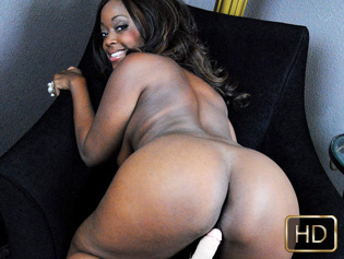 Roxy Pearl in Blacker The Berry - Solo Interviews | Team Skeet