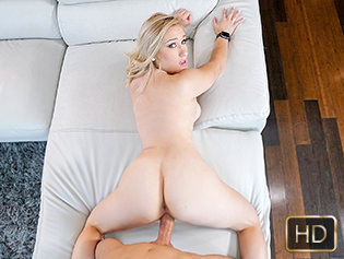 Daisy Lynne in Blonde Amateur Likes It Rough - Shes New | Team Skeet