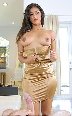 Sophia Leone | This Girl Sucks