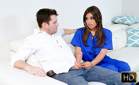 Ella Knox in Nursing Her Tits | Team Skeet