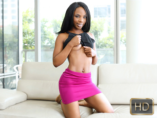 Sarah Banks in The New Kid On The Block - Teeny Black | Team Skeet