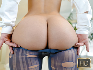Jezebeth in Big Booty Meat - Teen Curves | Team Skeet