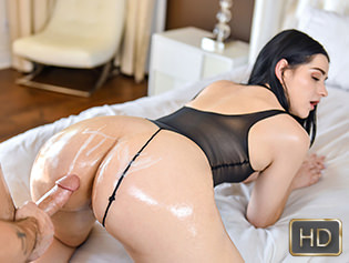 Violet Rain in Twerktastic Teen Dream - Teen Curves | Team Skeet