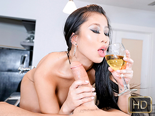 Jade Kush in The Sloppy Blowjob - This Girl Sucks | Team Skeet