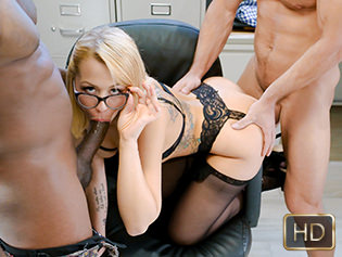 Zoey Monroe in The Office And The Orifice - Teens Love Anal | Team Skeet