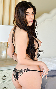 Audrey Royal | Titty Attack