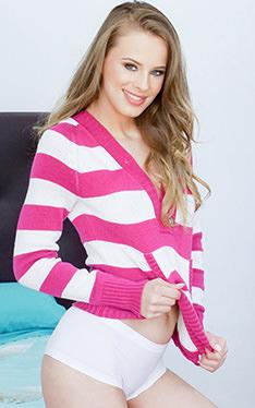 Jillian Janson | Teen Curves