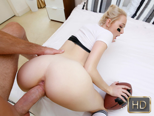 Iris Rose in Drill Time - The Real Workout | Team Skeet
