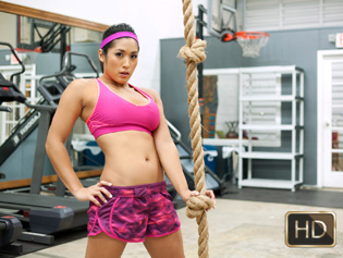 Mia Li in Impromptu Pussy Workout - The Real Workout | Team Skeet