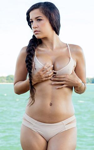 Annika Eve